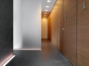 Minimalist-Home-Lugano-Switzerland-Hallway